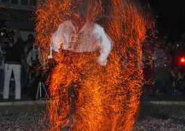 НЕСТИНАРСКА СТРАНДЖА:Нестинарството... Магията на огъня...